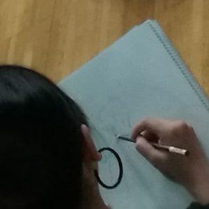 一本の鉛筆で描く、一本の棒を持つこと、操ること-絵画、武道、音楽、スポーツ‐拡張される私1.